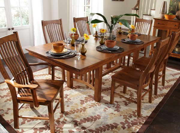 Laurelhurst Dining Room Furniture Collection Broadway