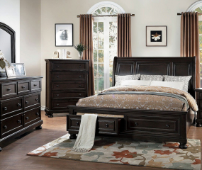 Begonia Platform Bed w/ Footboard Storage by Homelegance