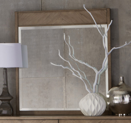 Liatris Mirror by Homelegance