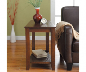 Elwell Wedged Chairside Table by Homelegance