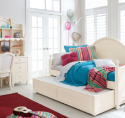 Summerset Panel Daybed by Legacy Classic Kids