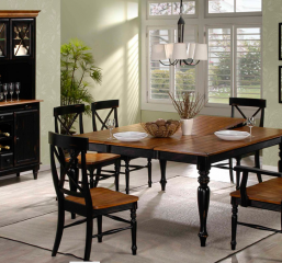 Emerald Home Furnishings Gatlinburg Dining Room Set