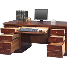 Canyon Ridge Flattop Desk by Winners Only