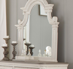 Baylesford Mirror by Homelegance